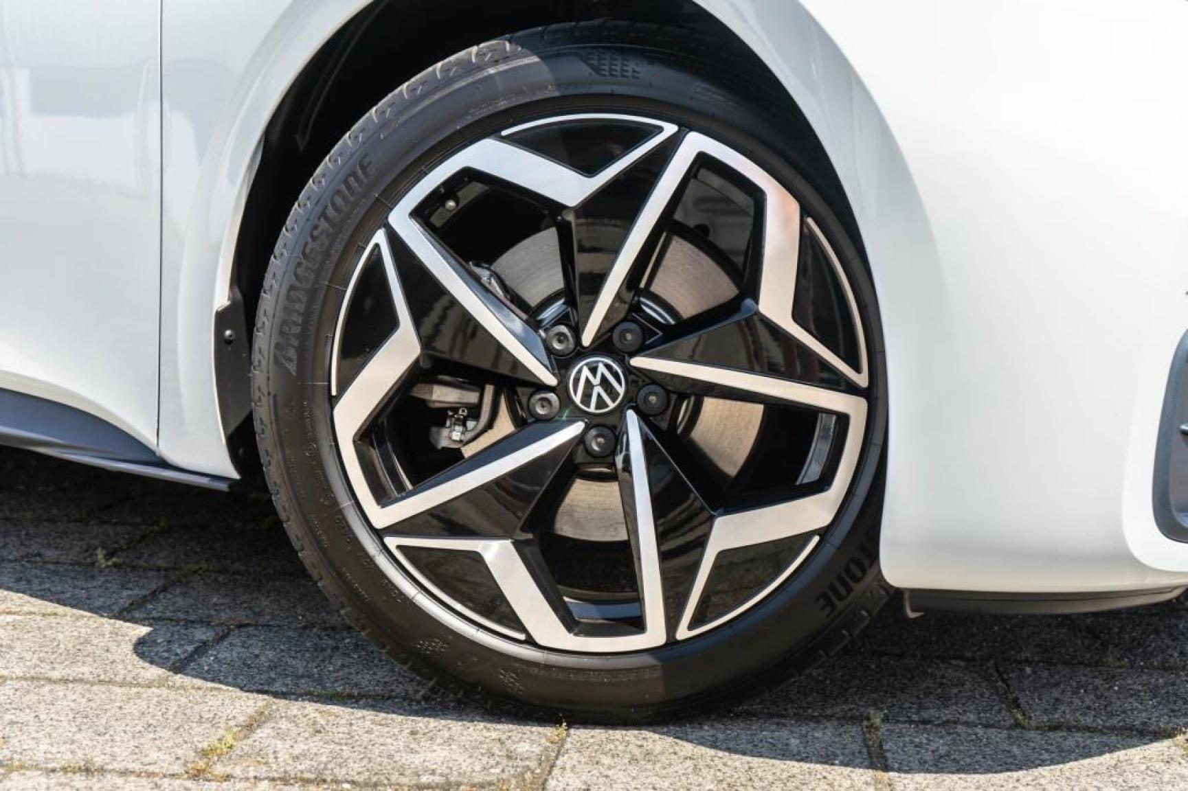Volkswagen-ID.3-2