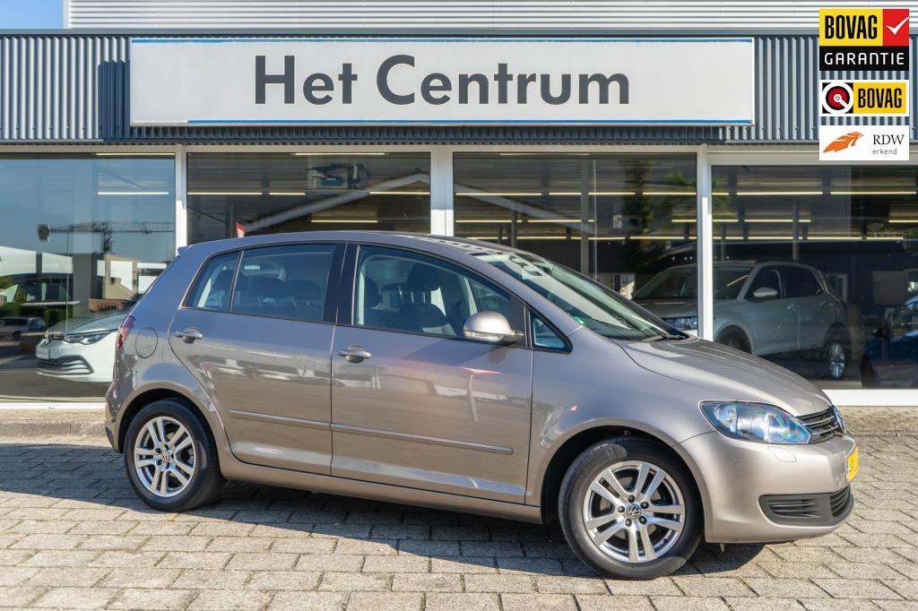 Volkswagen-Golf Plus-thumb