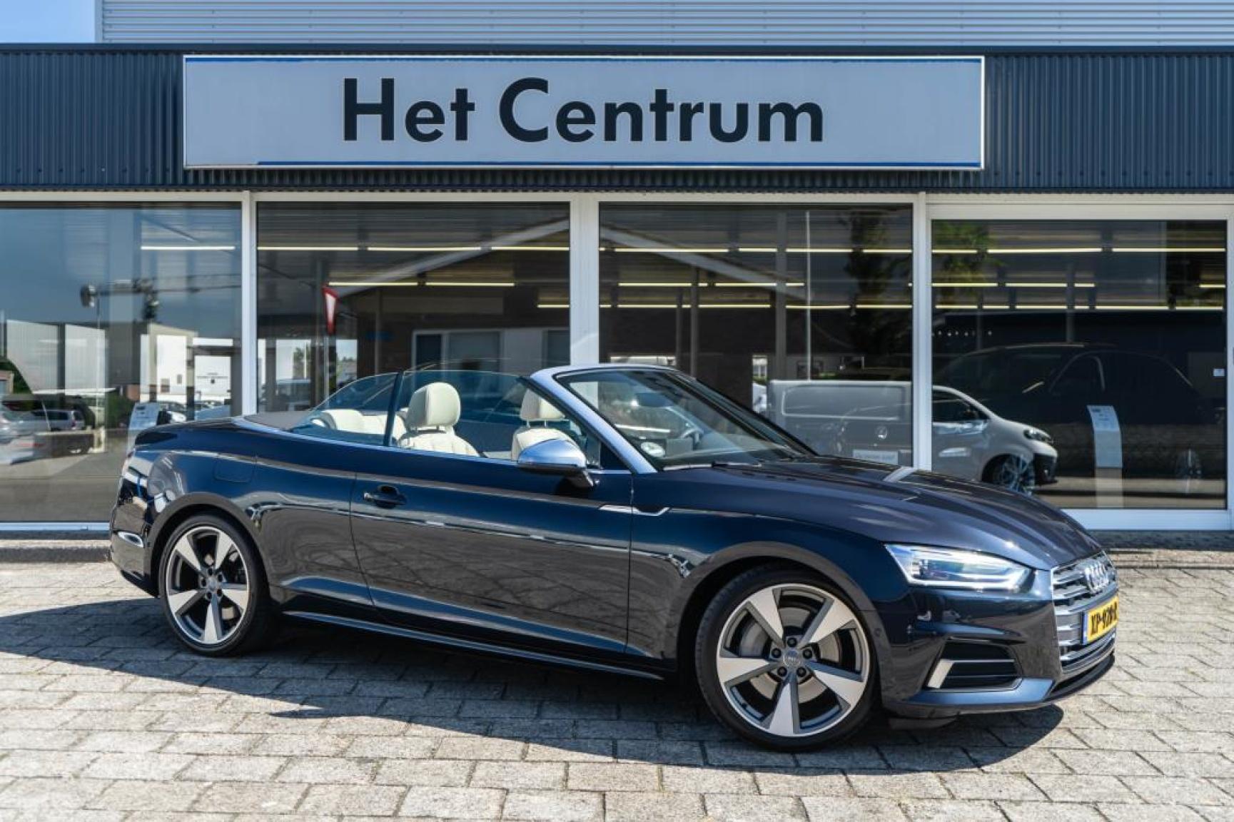 Audi-A5-0